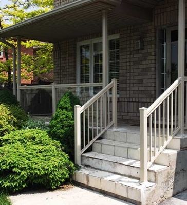 Aluminum and Glass-Railing-Installations-in-New-Home-in-Hamilton by Aluminum Windows Toronto