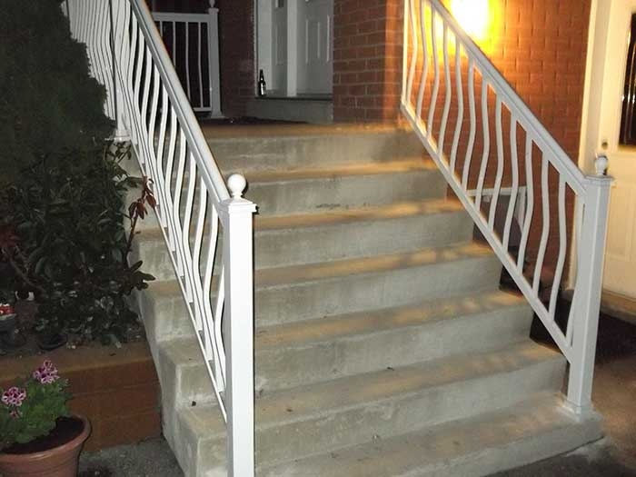 Aluminum-Hand-Railing-Replacement-in-Scarbourough by aluminumwindowstoronto.ca